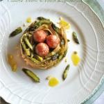 Pu-Erh Tea Eggs in nido di carbonara agli asparagi e profumo di vaniglia