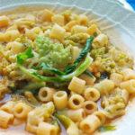 Minestra di pasta e broccolo romanesco