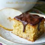Torta di pere, vaniglia e mandorle con glassa al cioccolato per il Contest Dans la Croyance