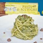 Spaghetti alla chitarra con crema di broccoletti siciliani, pepe di Szechuan e pasta d'acciughe…e Buon Anno!