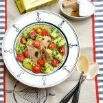 Insalata di cous cous con ventresca di tonno e patate novelle al prezzemolo